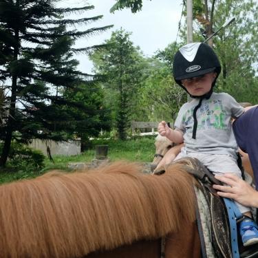 Besøg på rideskolen